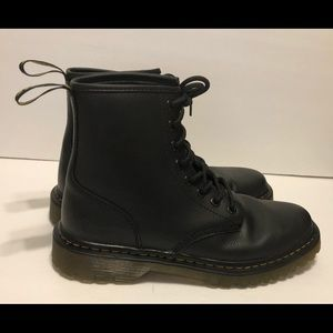 Dr. Martens Awley Leather Lace Up Boots Black 10M
